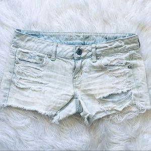 American Eagle Jean Shorts Distressed Cream